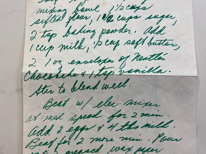 Recette de gâteau au chocolat que l'enseignante Ellen LeClair a donnée à Ronni Diamondstein il y a 50 ans au lycée.