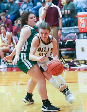 Bells' Cheznie Hale scored 40 points as the Lady Panthers beat Blue Ridge in District 11-3A action.