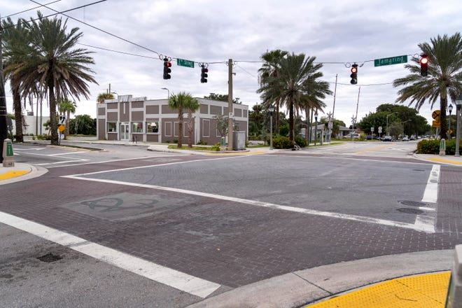 Hundred-year-old drinking water mains will be replaced at Seventh Avenue in West Palm Beach when Tamarind Avenue's streetscape project gets underway.