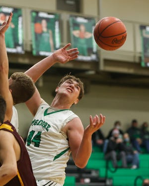 Mason Williams scored 19 points to help Mogadore win at Lake Center Christian on Wednesday.
