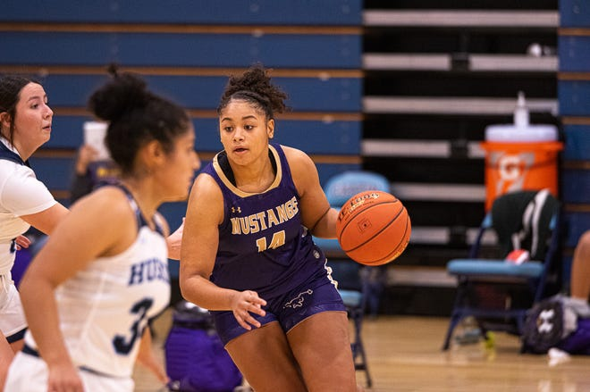 Chapin defeated Burges in overtime 56-53. After trailing in the half, Chapin traded leads with Burges several times in the second half with Chapin coming out on top at Chapin High School on Dec. 18, 2020.
