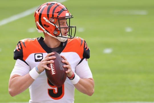 Cincinnati Bengals quarterback Joe Burrow prepares to pass during warmups.