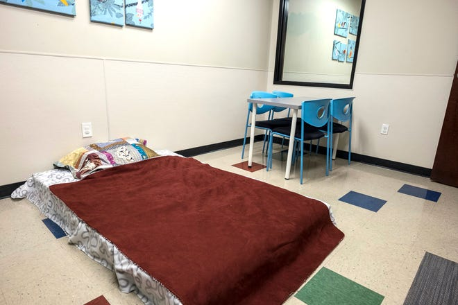 March 24, 2016 -  A visitation room is set up wit a bed as a possible solution to the growing number of foster children and pacing the available foster parents needed at a child protective services office in Austin, Texas, on Thursday, March 24, 2016.  RODOLFO GONZALEZ/AUSTIN AMERICAN-STATESMAN