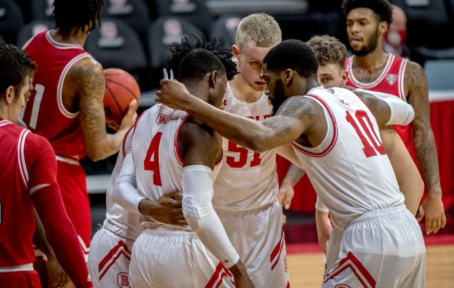 The Bradley Braves huddle up in the final seconds against Miami on Saturday, Dec. 19, 2020 at Carver Arena. The Braves defeated the Redhawks 69-68.