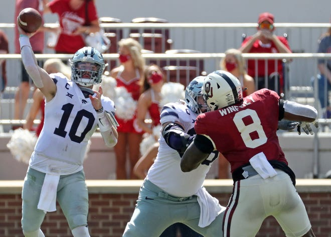Kansas State senior quarterback Skylar Thompson (10), who missed most of the 2020 season with an injury, has been cleared to participate in spring practices, K-State coach Chris Klieman announced Friday.