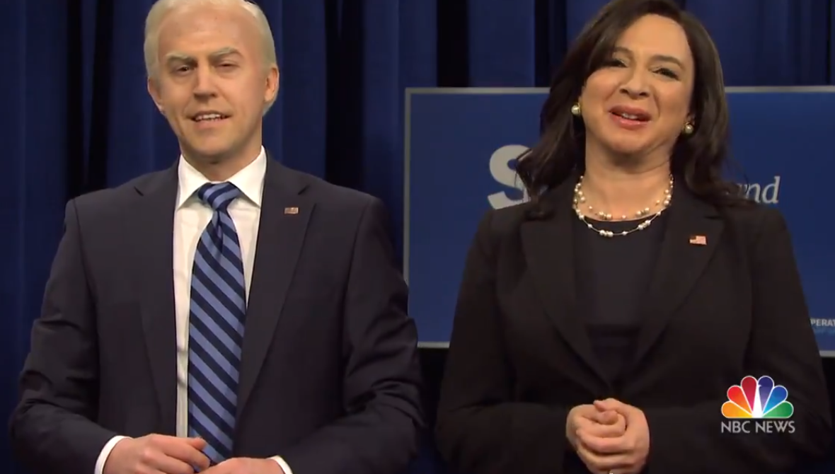 SNL : Alex Moffat takes over Joe Biden role from Jim Carrey, tumbles into Mike Pence s vaccination