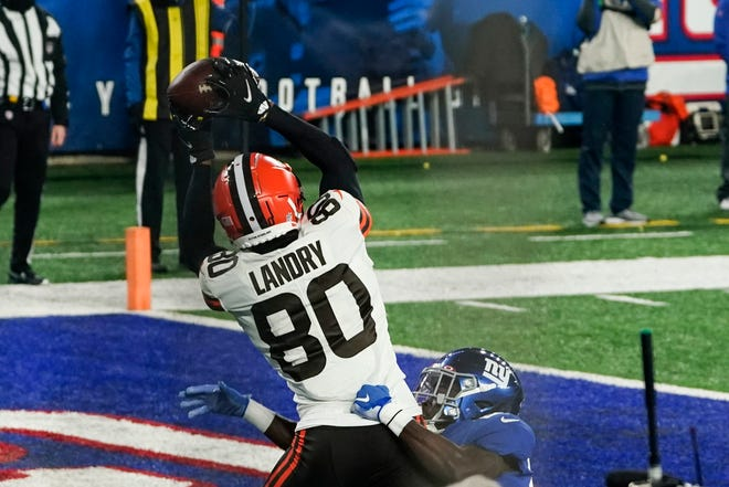 Cleveland Browns' Jarvis Landry (80) catches a pass for a touchdown during the first half of an NFL football game against the New York Giants Sunday, Dec. 20, 2020, in East Rutherford, N.J. (AP Photo/Seth Wenig)