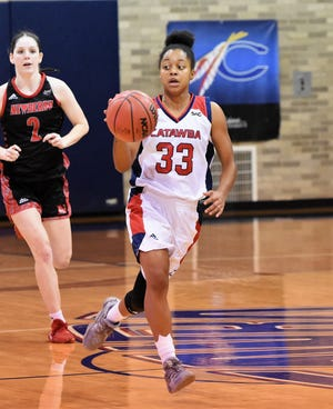 Catawba's Lyrik Thorne, shown here in action during the 2019-20 season, scored 11 points for the Indians in a 78-69 win over Mars Hill on Saturday. (Photo: Catawba College Athletics)