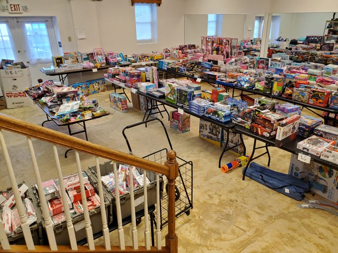 PVEN Food Pantry and Clothing Closet's toy distribution program took place a few weeks before Christmas.