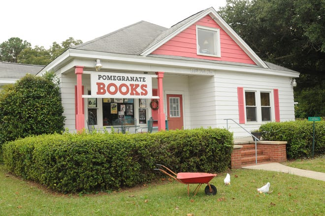 Pomegranate Books on Park Ave in wilmington, N.C.