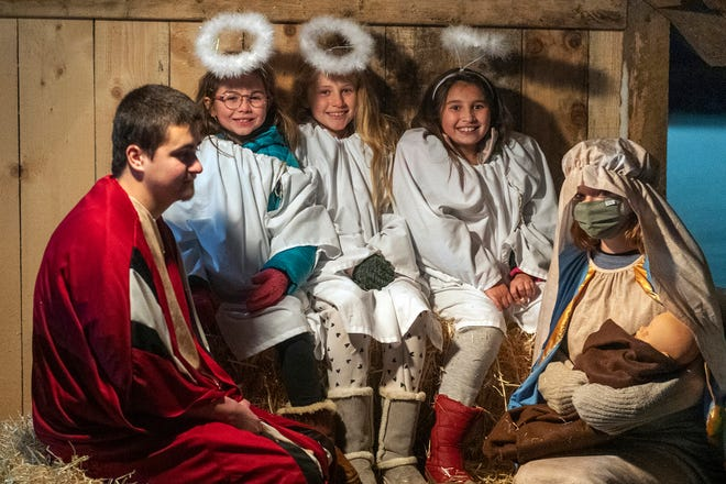 Angels Chloe, Regan and Gabby in the Cornerstone Community Church Live Nativity this past weekend.