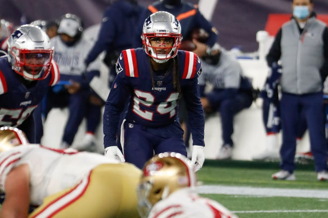 New England cornerback Stephon Gilmore will miss the rest of the season after suffering a torn quad in Sunday's loss to the Dolphins.