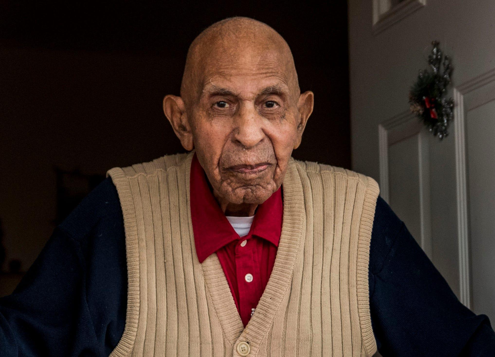 Former Tuskegee Airman Alfred Thomas Farrar Dies at 99