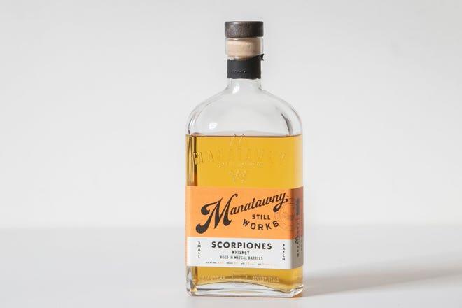 Manatawny Masih Bekerja, Scorpiones Whiskey. Daftar wiski liburan tahunan Craig.