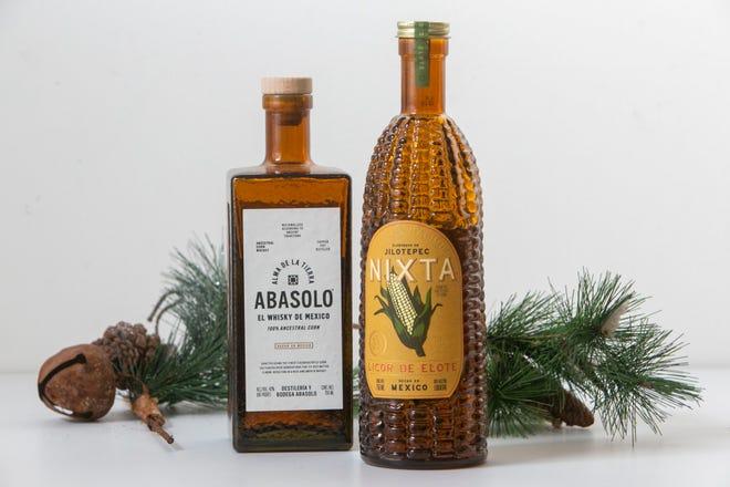 Alma De La Tierra, Abasolo, El Whiskey De Mexico (kiri) dan Nixta Licor De Elote. Daftar wiski liburan tahunan Craig.