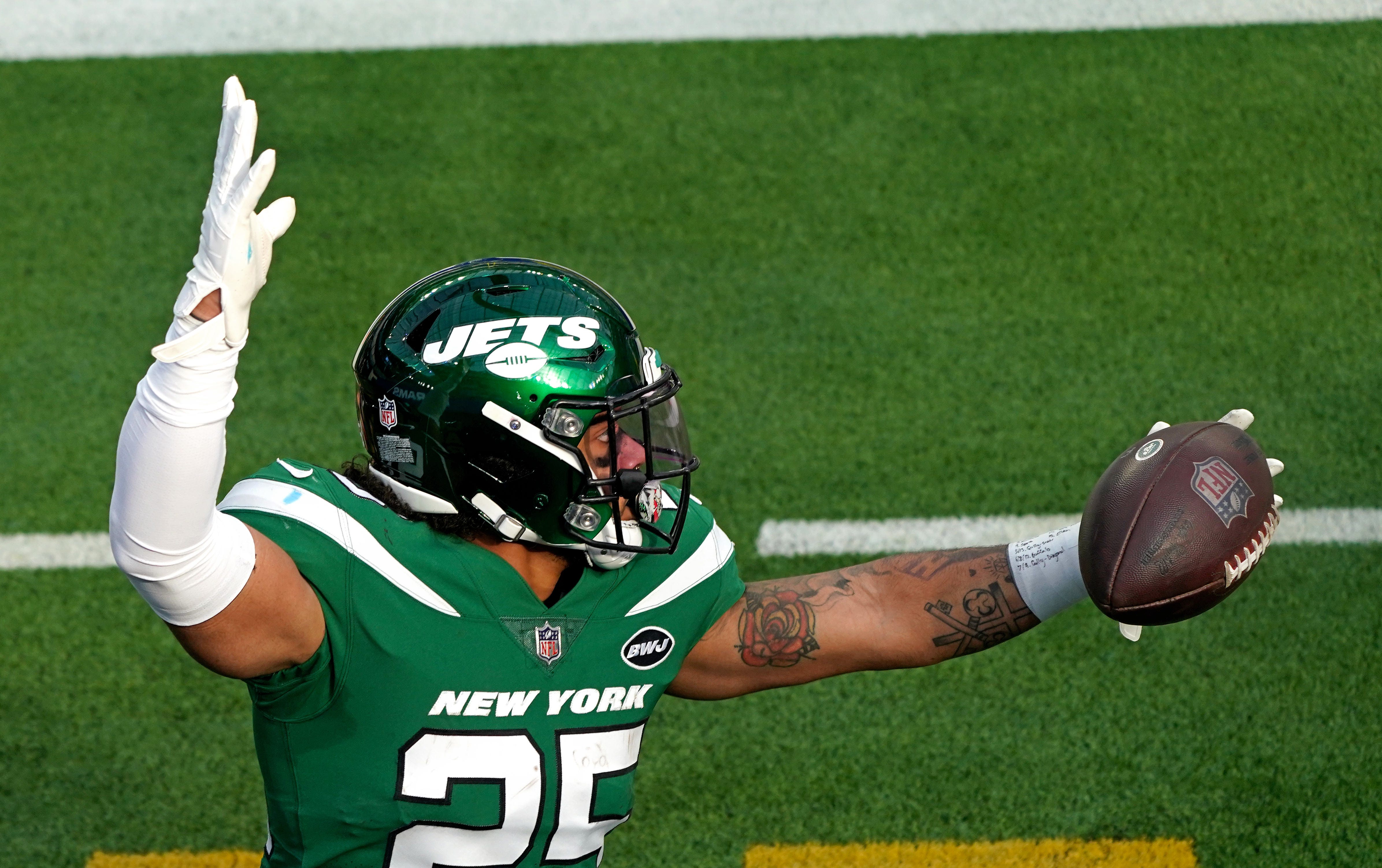 New York Jets pull off shocker, defeat Los Angeles Rams for first win of 2020 season