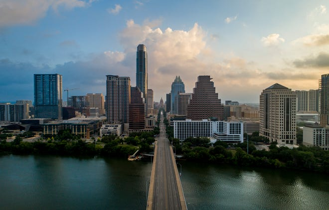 Digital Realty, a global technology company that owns and operates data centers, is moving its headquarters from San Franciscoto Austin, company executives said.
