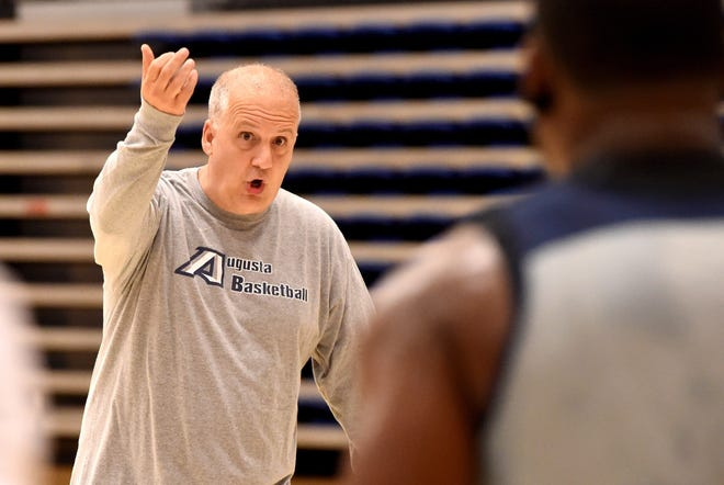 AU head basketball coach Dip Metress and his team spent the fall semester navigating through COVID-19 protocols and canceled games. With Peach Belt Conference play beginning Jan. 6, he still has his eye on another conference title.