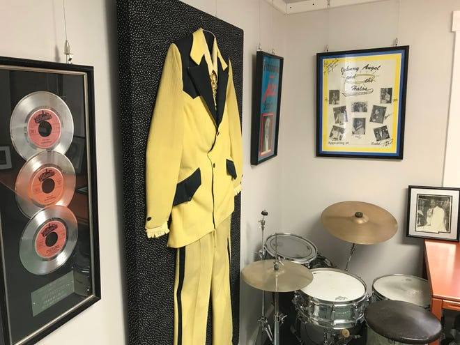 Pittsburgh musical artifacts grace the walls of the Performing Arts Legend Museum targeting an April opening in Ambridge.