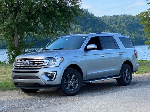 The 2020 Ford Expedition Limited 4x4 definitely carries a presence about itself, especially when parked among other smaller vehicles.