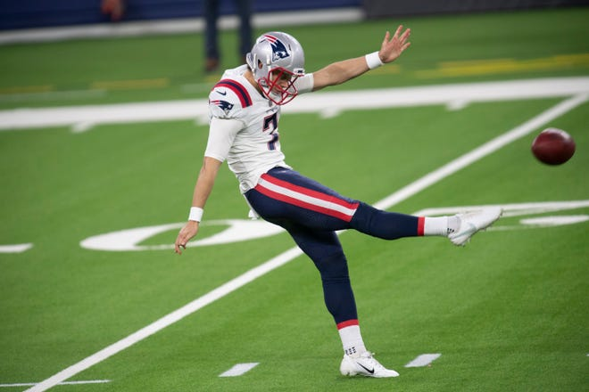 New England Patriots punter Jake Bailey (7) punts during a Dec. 10 game against the Los Angeles Rams in Inglewood, Calif.