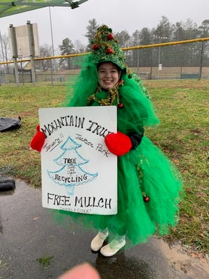 MountainTrue will host its annual Holiday Recycling Event at Jackson Park on Saturday, January 9 from 9 a.m. to 2 p.m. Residents are invited to bring their Christmas trees, wreaths, broken string lights and used greeting cards to be mulched and recycled.