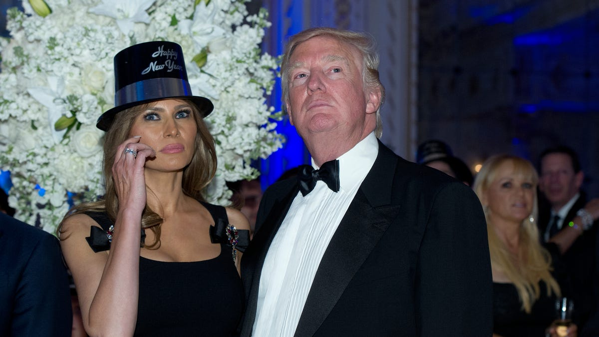Trump to host New Year's Eve gala at Mar-a-Lago amid COVID pandemic. What we know