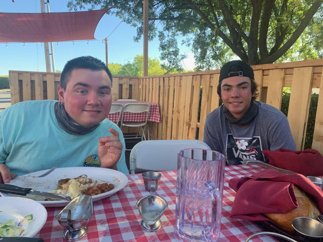 Jace Avinna right, shown with his brother Austin Avina.