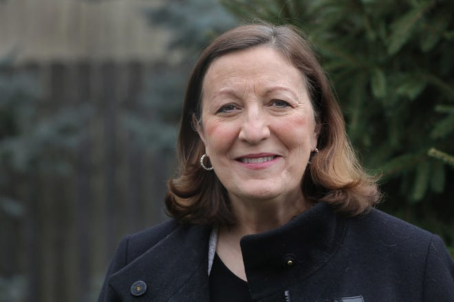 Ohio Supreme Court justice Jennifer Brunner, a Democrat who won statewide in an election where Republican Donald Trump won by 8 points, said Tuesday she will run for chief justice next year.