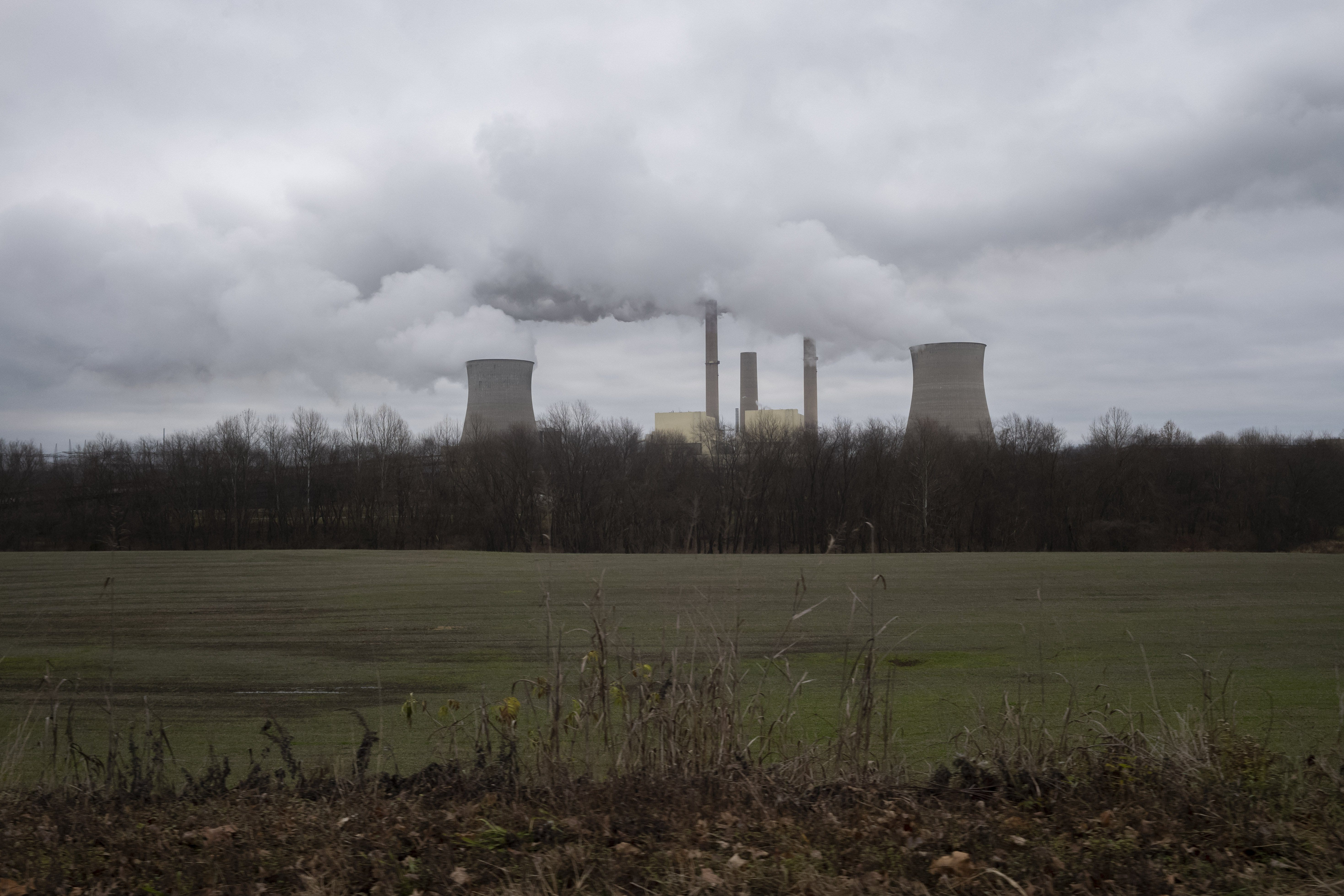 The James M. Gavin Power Plant in Cheshire, Ohio, the nation's largest coal-fired plant, is reaching the end of its useful life.