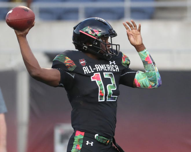Former Sheldon quarterback Michael Johnson Jr., seen here competing at the 2019 Under Armour All-America game, has transferred from Penn State to Florida Atlanta University in Boca Raton, Fla.