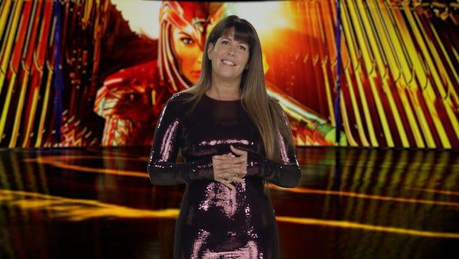 """Patty Jenkins di pemutaran perdana virtual untuk """"Wonder Woman 1984."""""""