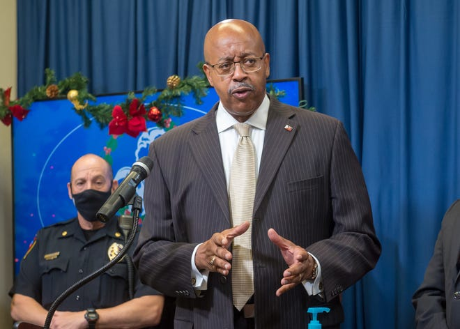 Thomas Glover Sr is named the new Lafayette Parish Police Chief. December 23, 2010.