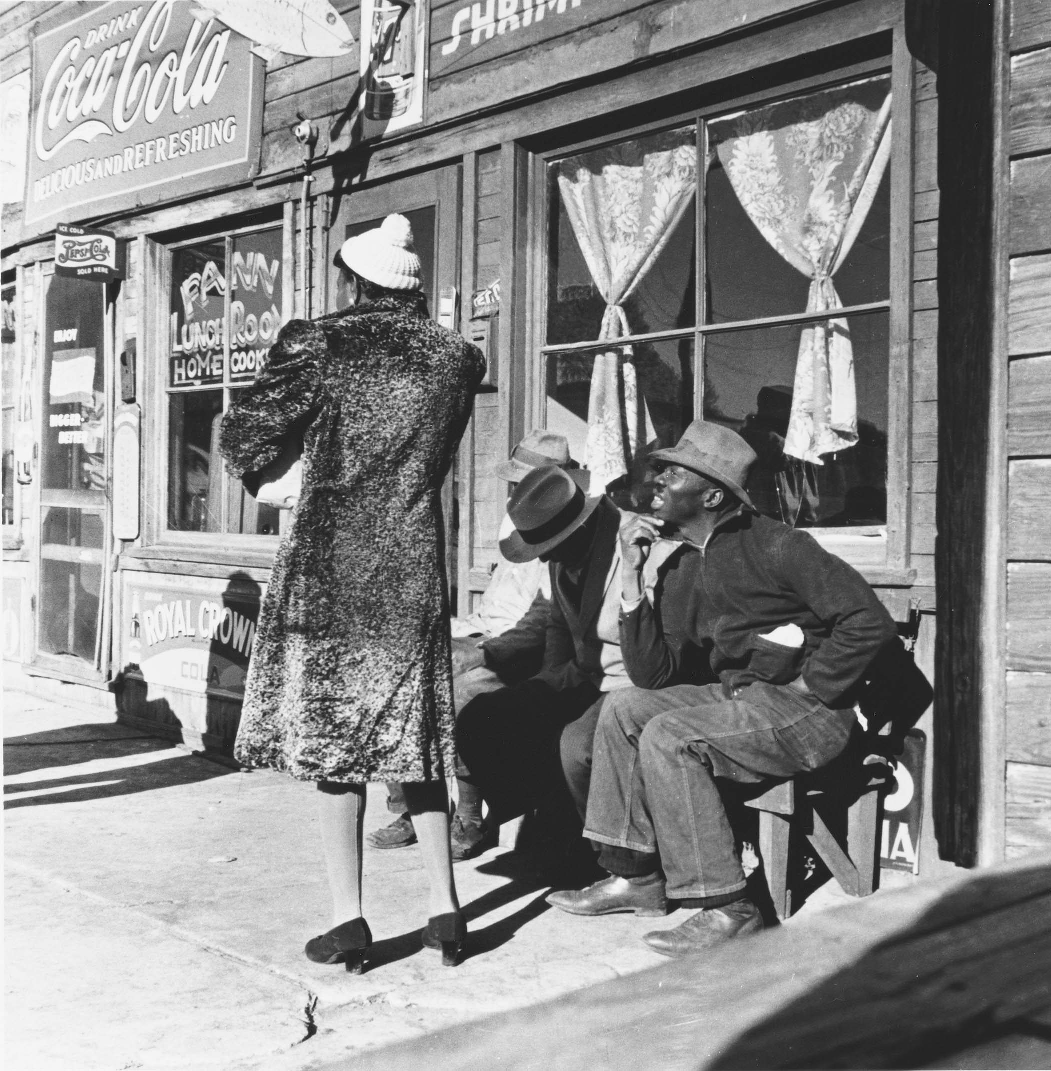 Mary McLeod Bethune Boulevard was packed with businesses and customers in the first half of the 20th century.