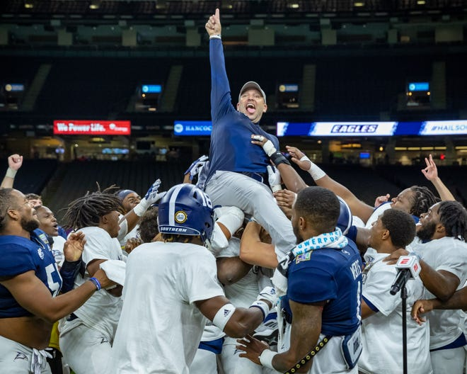 Head coach Chad Lunsford and the Georgia Southern Eagles defeated the Louisiana Tech Bulldogs 38-3 on Wednesday, Dec. 23, 2020 at the New Orleans Bowl game.