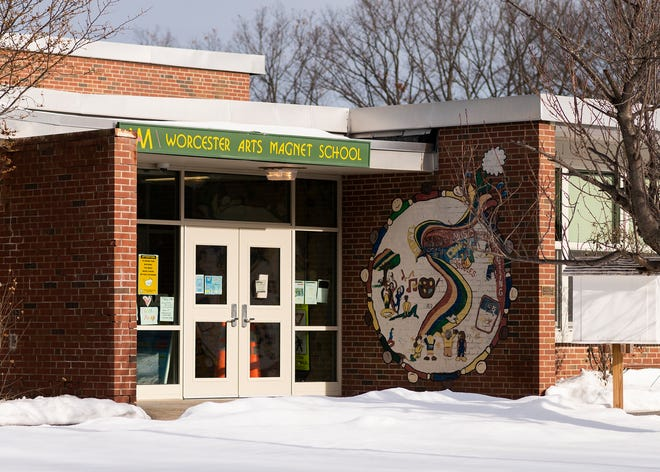 Worcester Arts Magnet School was among the schools with the highest rate of hybrid students.