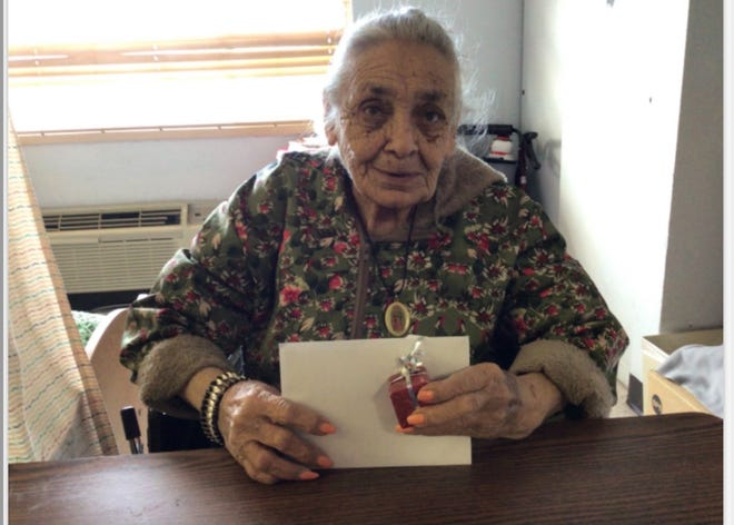 Residents of the Casa del Sol nursing home were gifted a card and present from the Zia 4x4 club.