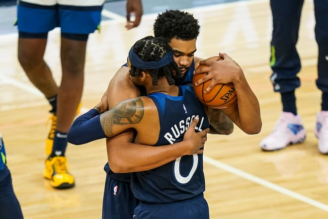 Karl Anthony Towns Emotional In First Game Since Mother S Death