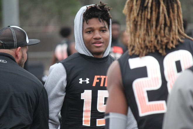 Texas recruited Xavion Alford out of Shadow Creek High during the 2020 recruiting cycle. A defensive back, Alford will transfer to USC after one year with the Longhorns.