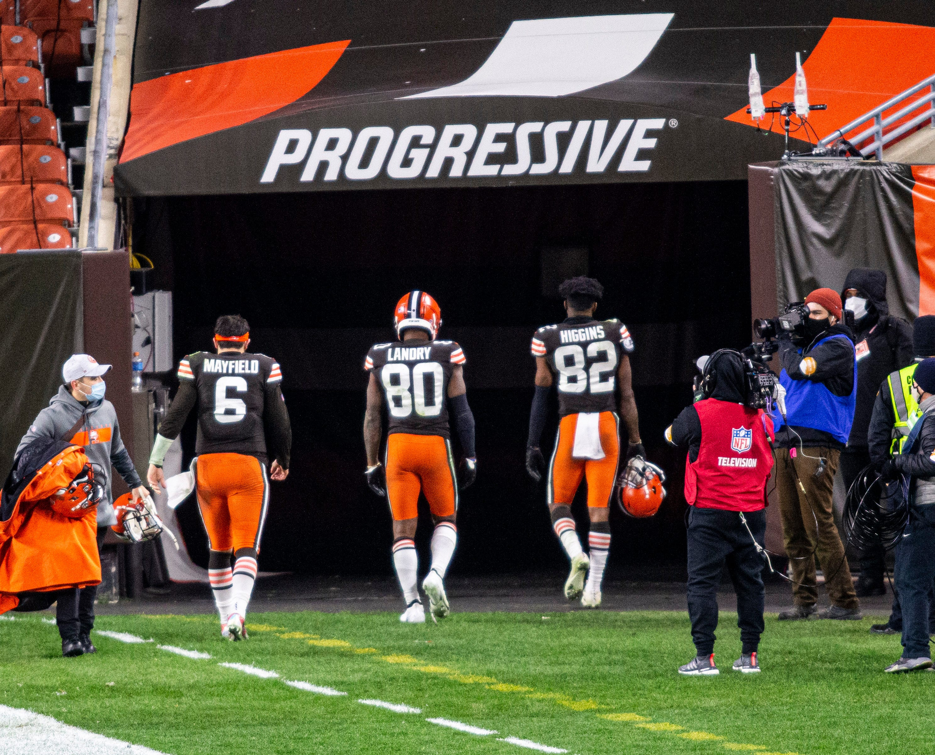 NFL COVID-19 updates: Browns LB  B.J. Goodson tests positive; six players will miss game vs. Jets