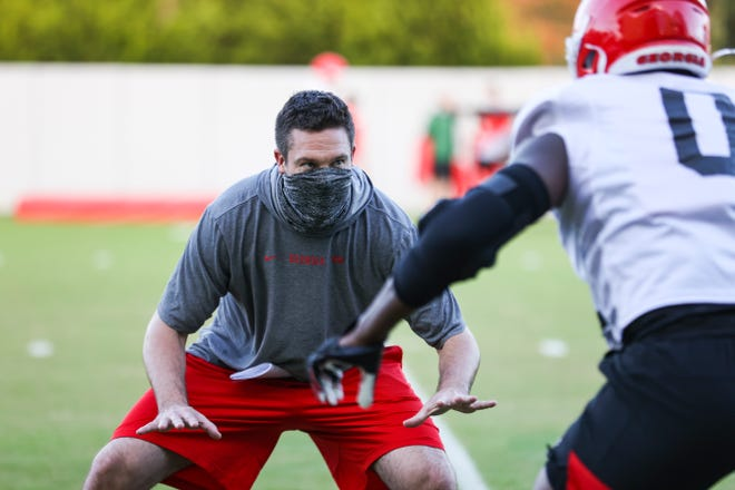 Georgia defensive coordinator and outside linebackers coach Dan Lanning during the Bulldogs' practice in Athens, Ga., on Monday, Nov. 9, 2020. (Photo by Tony Walsh)