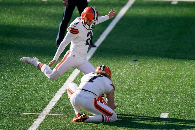 Cody Parkey (2) kicks a field goal for the Browns during the first half against the New York Jets on Sunday, Dec. 27, 2020, in East Rutherford, N.J. (AP Photo/Corey Sipkin)