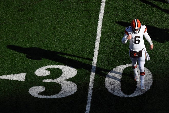 Quarterback Baker Mayfield (6) and the Cleveland Browns fall to the New York Jets, 23-16, at MetLife Stadium on Sunday, Dec. 27, 2020, in East Rutherford.