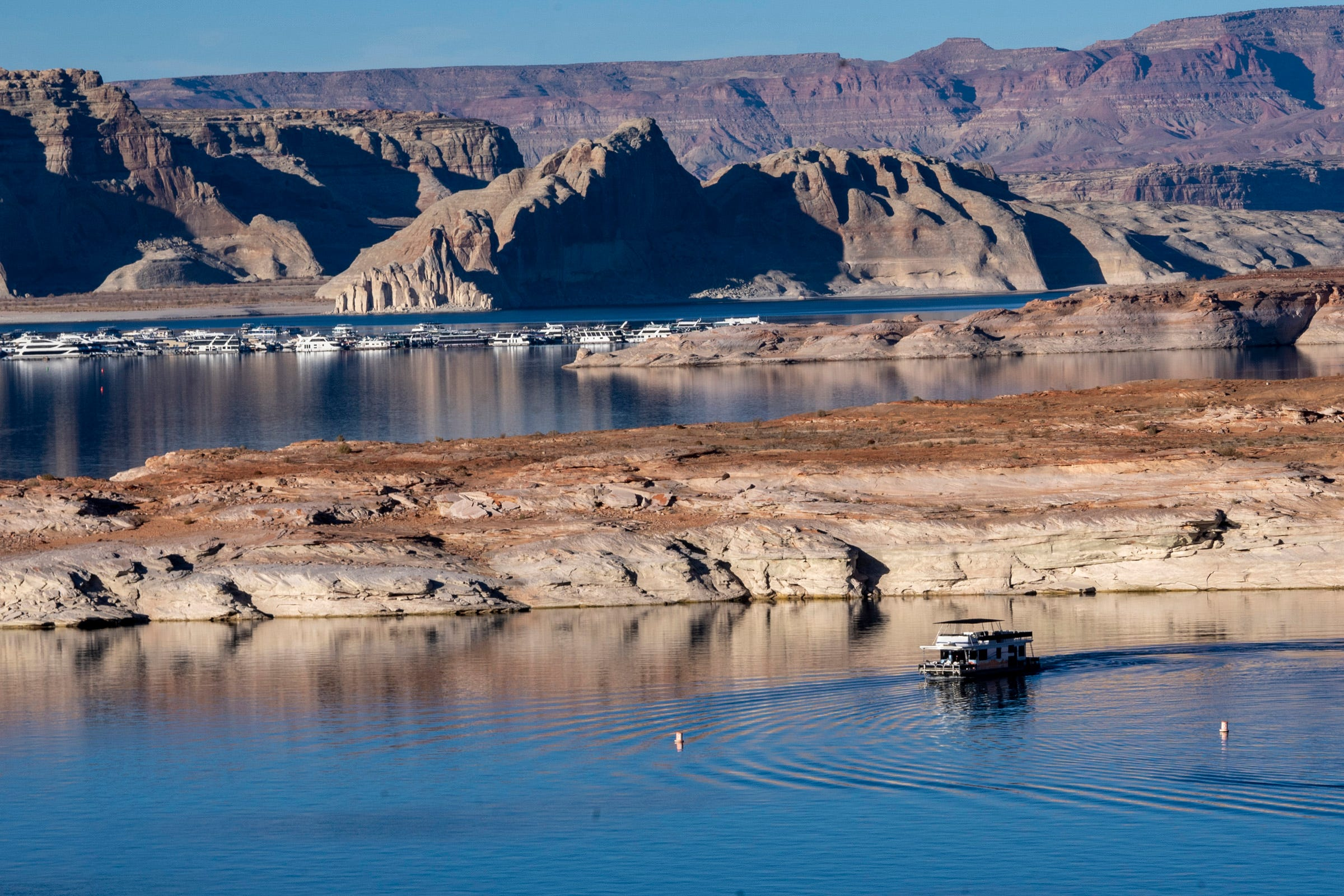 The water level of Lake Powell, one of the two largest reservoirs on the Colorado River, has declined over the past year. In November, the reservoir was at 44% of its full capacity.