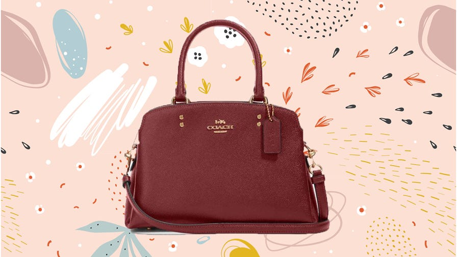 This post-Christmas Coach Outlet clearance sale has bags and wristlets priced at 75% off