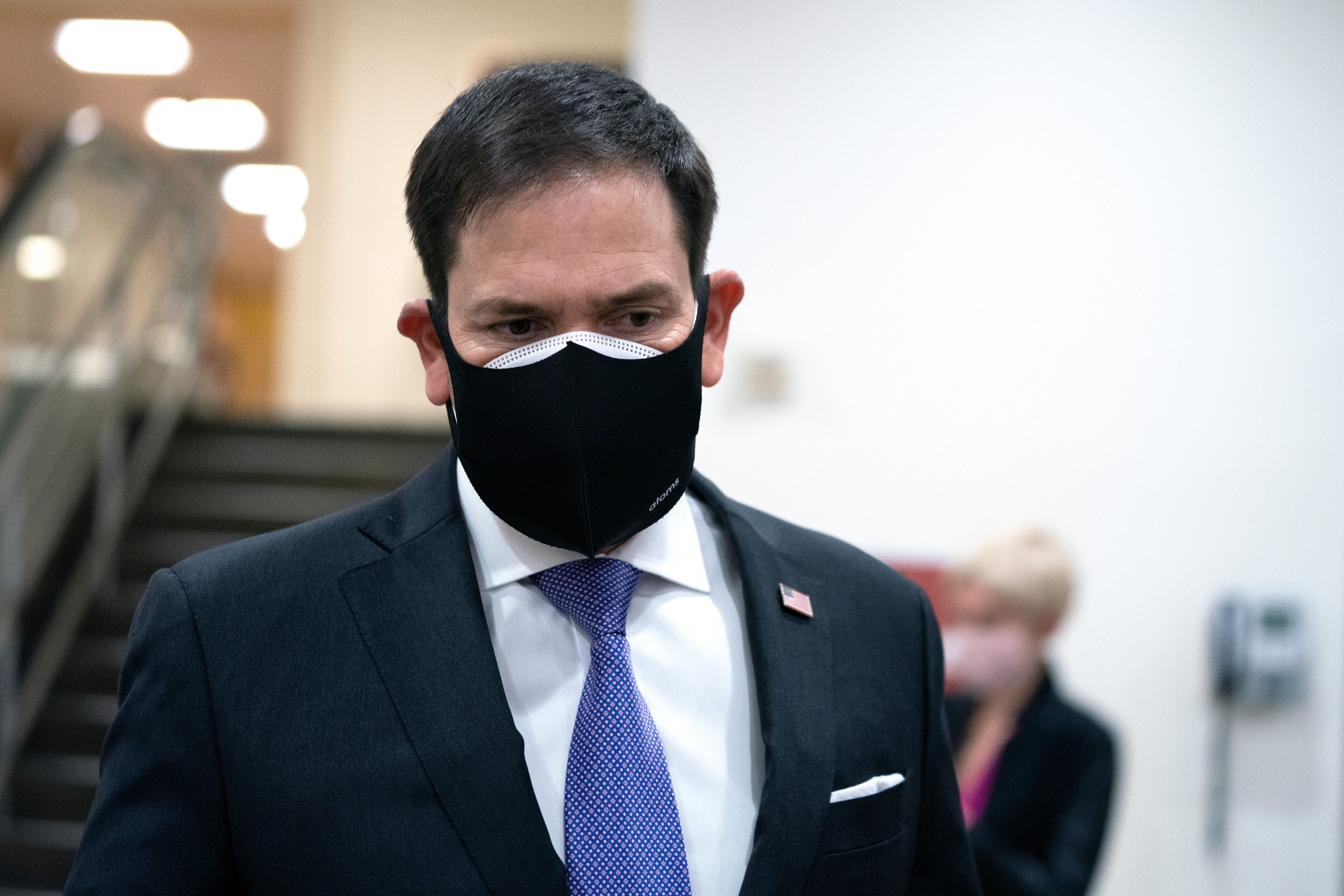 Live politics updates: Rubio goes after Fauci on Twitter; Trump signs COVID relief amid criticism for delay