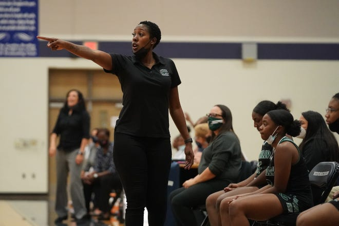 """Connally girls basketball coach Nakazi Glover has the Cougars playing well in her first season at the school, but she says """"we need to get over the hump, close and win."""""""