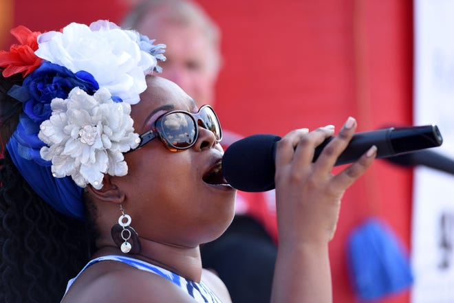Mama Blue plays a free show Friday evening in Springfield.