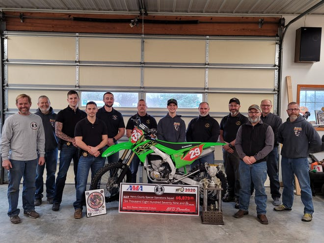 Pictured from left to right. Jerrod Minnaert, Ron Whipple, Dawson Nuding, Jake Koester, Dylan Galloway, Eric Hamilton, Tanner Whipple, Bill Ravord, Joe Bedford, Lance Minnaert, Kevin Peterson and Dave Scott.