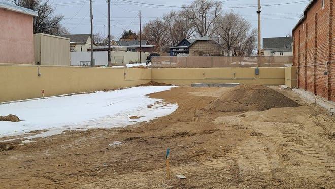 Livewell Park development was delayed by recent snow, said Council Member Ed Vela at the Dec. 21 City Council meeting.